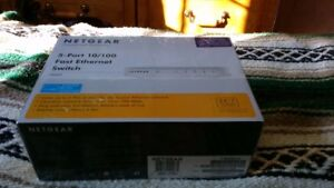 NETGEAR 5-PORT ETHERNET SWITCH