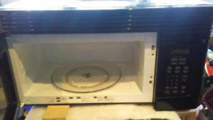 Kenmore dishwasher and GE microwave with exhaust fan