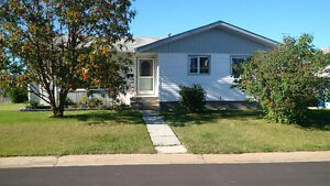 OPEN HOUSE TODAY - 209 Kennedy crescent in Dickensfield