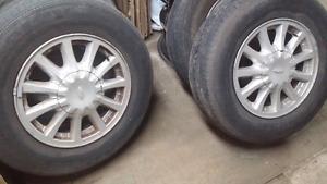 4 mags ford windstar avec pneu ete goodyears