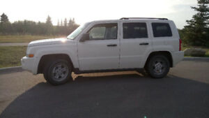 Jeep Patriot 2007, Remote Starter, Subwoofer, WHITE