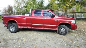 2007 Dodge Power Ram 3500 red Pickup Truck