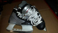 canadien  boys skates
