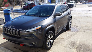 2014 Jeep Cherokee Trailhawk SUV, leather, V6, JL Audio W7