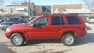 JEEP GRAND CHEROKEE 4X4 *** FULLY LOADED *** CERTIFIED