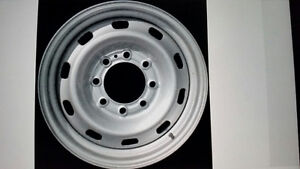 Looking for Chevy GMC 16 inch 8 bolt rims