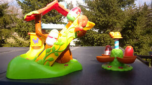 Weebles Musical Tree house and Carousel