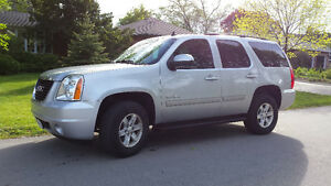2013 GMC Yukon**LEATHER*SUNROOF**TOW PACKAGE