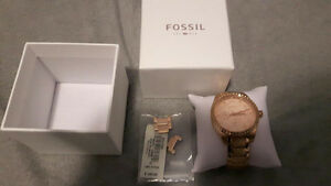 Authentic Ladies FOSSIL Watch - Rose Gold