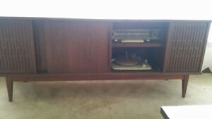 Vintage Telefunken Stereo HI FI with Record Turntable Console