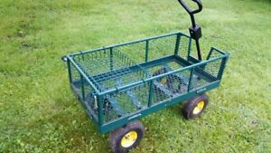 TOWABLE GREEN GARDEN WAGON HAS REMOVABLE SIDES IN VERY GOOD COND