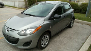 2011 MADZA 2  only 83,593kms  4 door hatchback