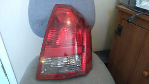 chrysler 300 2005 2006 2007 tail lamp