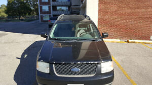 2006 Ford FreeStyle/Taurus X SE SUV, Crossover