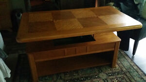Oak mission style coffee table and matching sofa table Edmonton Edmonton Area image 3