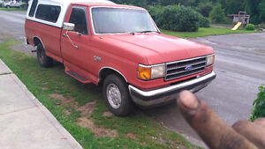 1991 Ford F-150 Pickup Truck low kms!