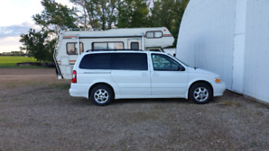 2002 Oldsmobile mini van   LOW KMS