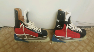 CCM Tacks ii (2) 1960's Rare Red Hockey Skates. Wont see again!!