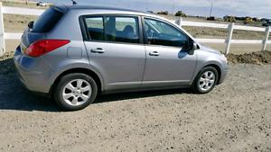 2009 Nissan Versa only 87k..Auto..
