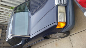1993 Mercedes-Benz build like a Tank. For sale as is