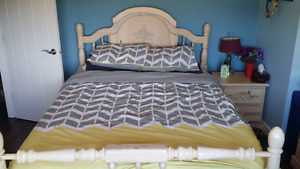 5 pc Bedroom suite Queen size