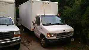 1999 Ford E350 SuperDuty
