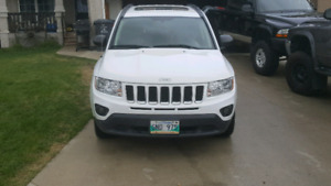 2011 jeep compass 4x4 loaded fresh safety 9900.00 obo