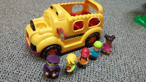 Toy bus with passengers and driver Kitchener / Waterloo Kitchener Area image 2