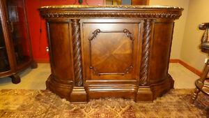 Gorgeous! Carved Wood and Marble Bar w/ 3 Carved Stools CHEAP!