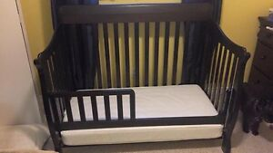 Tammy convertible crib/toddler bed