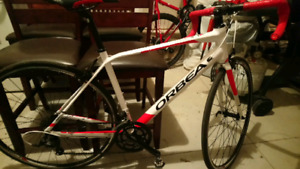 Orbea avant h50 road bike with accessories