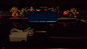 3DS XL Bleu Très bon État, Chargeur, Carte SD...+ (Jeux dispo..)