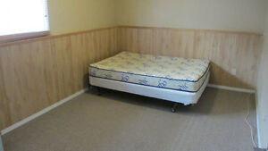 Room for rent near Niagara College (Female Only)