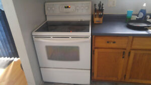 Stove for sale for parts oven dont work all else does