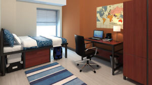 1 or 2 Rooms available at 86 University from May to August