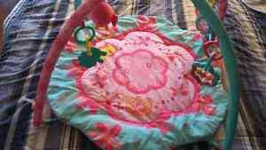 Play mat bright starts Gatineau Ottawa / Gatineau Area image 3