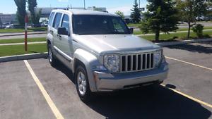 2009 Jeep Liberty . Clean jeep !