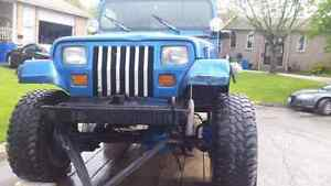 1993 jeep. Lifted on 33s.