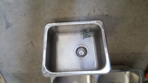 KINDRED Stainless steel sinks