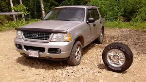 2004 Ford Explorer Fourgonnette, fourgon