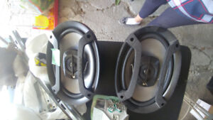 PIONEER CAR SPEAKERS AND CASSETTE TAPES