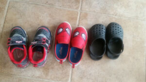 All toddler shoes for 10$