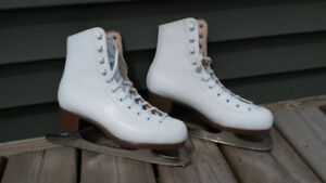 Ladies Glazier Figure Skates - Size 7