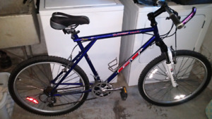 Gt outpost trail XL frame