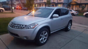 In GREAT Condition 2007 Silver Nissan Murano