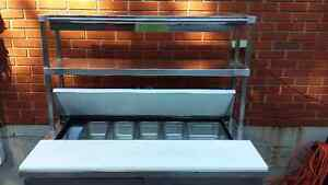 Refrigerated prep and sandwich table