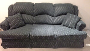 Queen pullout couch