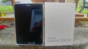 Galaxy tab s2 8'' tablet almost new never really use it