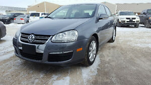 2010 Volkswagen Jetta S | Touchscreen | Bluetooth | Heated Seats