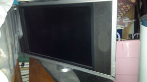 Selling Dell 26 inch T.V. / Monitor